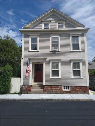Newport Multi Family Home For Sale: 29 Marsh St