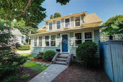 Lincoln Single Family Home Act Und Contract: 39 Manville Av