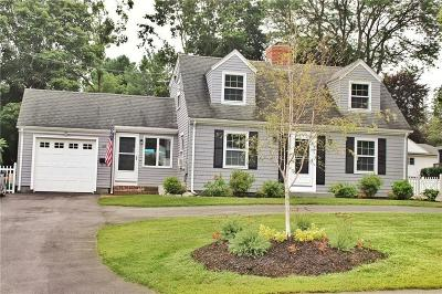 Bristol County Single Family Home For Sale: 60 Primrose Hill Rd