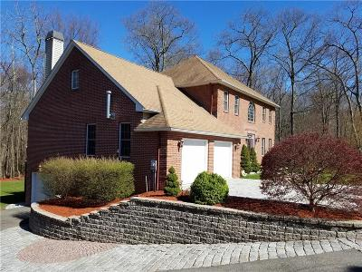 Providence County Single Family Home For Sale: 10 Red Brook Xing