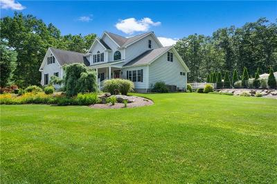 Providence County Single Family Home For Sale: 22 Stoney Dr