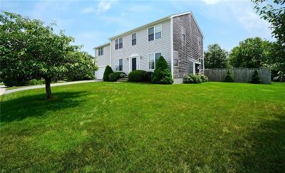 Middletown Single Family Home For Sale: 31 Evelin Circle