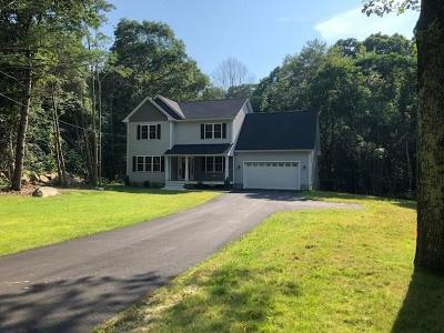 Scituate Single Family Home For Sale: 17 Old Tunk Hill Rd