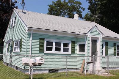 Portsmouth Single Family Home For Sale: 130 Cottage Av