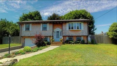 Middletown Single Family Home For Sale: 11 Pocono Rd