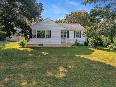 Portsmouth Single Family Home Act Und Contract: 162 East Main Rd