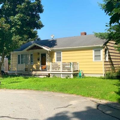 Middletown Single Family Home For Sale: 6 Wood Rd