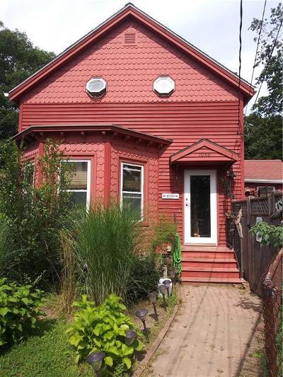Lincoln Single Family Home For Sale: 1058 Smithfield Av