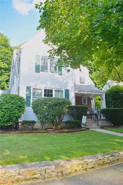 Cranston Single Family Home For Sale: 2322 Cranston St
