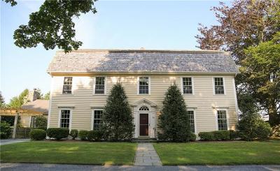 Portsmouth Single Family Home For Sale: 390 Glen Farm Road
