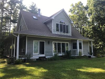 Scituate Single Family Home For Sale: 390 Old Plainfield Pike