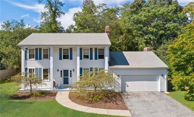 Warwick Single Family Home For Sale: 67 Spinnaker Lane