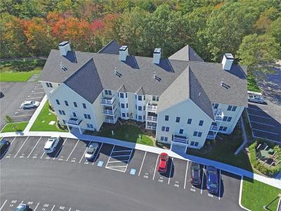 North Kingstown Condo/Townhouse Act Und Contract: 60 Saw Mill Dr, Unit#302 #302