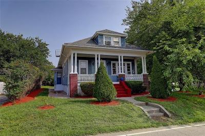 Bristol County Single Family Home For Sale: 285 Maple Av