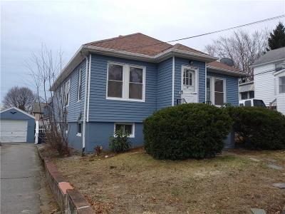 Pawtucket Single Family Home For Sale: 88 Terrace Av