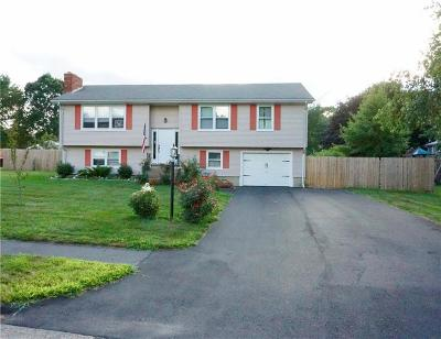 Coventry Single Family Home For Sale: 6 Centennial St