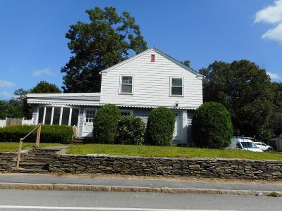 West Warwick Single Family Home Act Und Contract: 39 New London Av