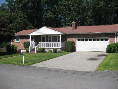 West Warwick Single Family Home For Sale: 37 Kimberly Lane