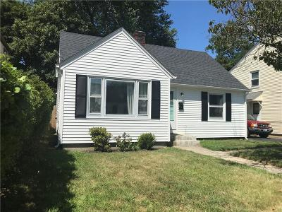 Cranston Single Family Home For Sale: 187 Knollwood Av