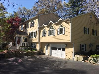North Kingstown Single Family Home For Sale: 110 Congdon Hill Rd