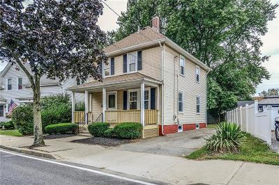 Cranston Single Family Home For Sale: 1969 Cranston St