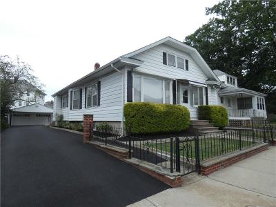 Cumberland Single Family Home For Sale: 40 Chambers St