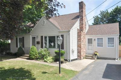 Providence County, Kent County, Windham County, RI-Kent County, RI-Providence County, CT-Windham County Single Family Home For Sale: 62 Stone Av