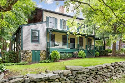 Newport County Single Family Home For Sale: 55 Summerfield Lane