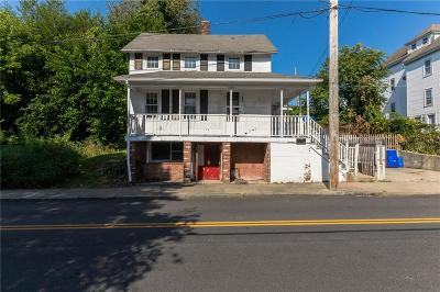 Pawtucket Single Family Home For Sale: 249 Pleasant St