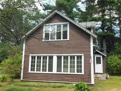 Hopkinton Single Family Home For Sale: 138 Arcadia Road Rd