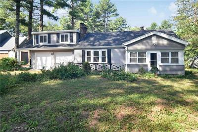 North Smithfield Single Family Home For Sale: 1537 Providence Pike