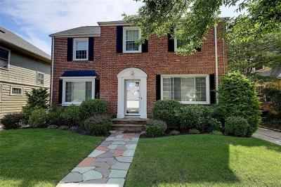 Providence County Single Family Home For Sale: 365 Cole Av