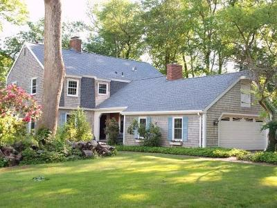 North Kingstown Single Family Home For Sale: 202 Burnt Cedar Dr