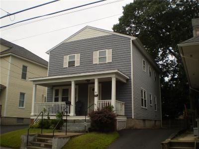 Providence Single Family Home For Sale: 101 Radcliffe Av