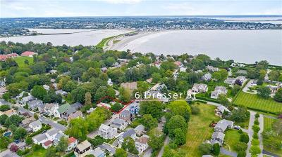 Newport Single Family Home For Sale: 6 Dresser St