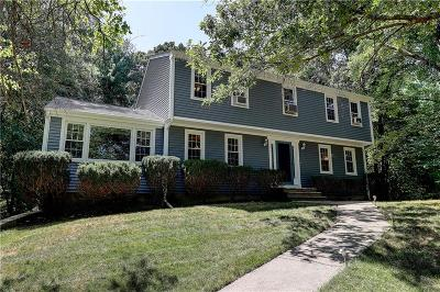 Cumberland RI Single Family Home For Sale: $434,000