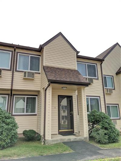 Westerly Condo/Townhouse For Sale: 219 High St, Unit#g #G