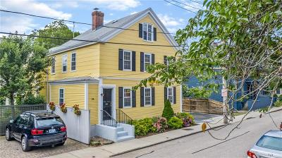 Newport Single Family Home For Sale: 34 Elm St