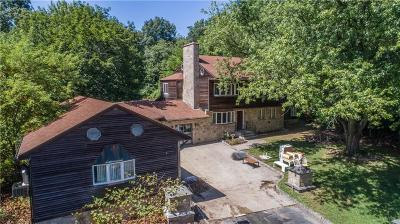 Kent County Single Family Home For Sale: 40 Wilson St