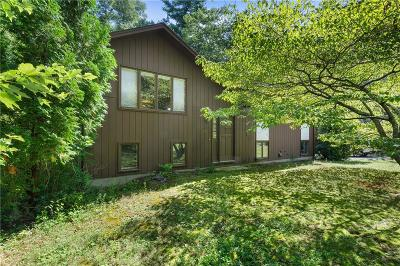 Coventry Single Family Home For Sale: 973 Knotty Oak Rd