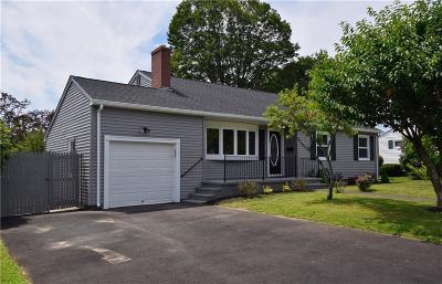 East Providence Single Family Home For Sale: 155 Wampanoag Trl