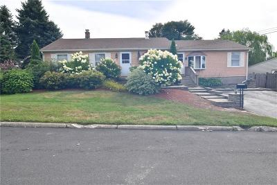 East Providence Single Family Home For Sale: 103 Brookhaven Dr