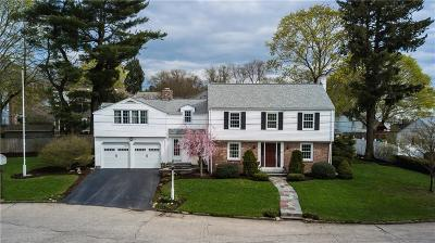 East Providence Single Family Home For Sale: 45 Mayfair Drive