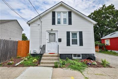 Pawtucket Single Family Home For Sale: 6 Bensley Street