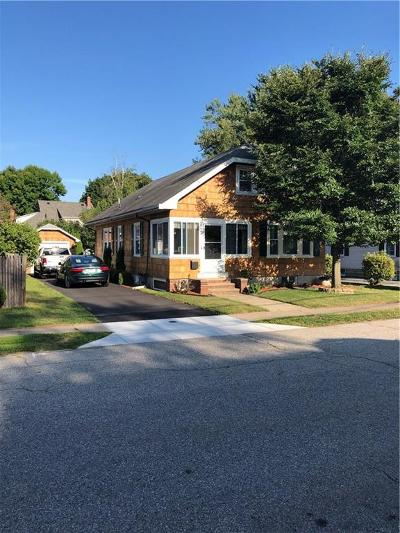 East Providence Single Family Home For Sale: 21 Somerset Avenue