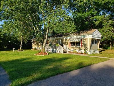 Coventry Single Family Home For Sale: 12 Valiant Drive
