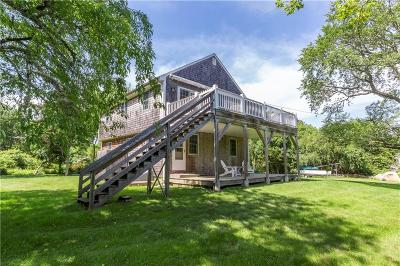 South Kingstown Single Family Home For Sale: 73 Hilltop Avenue