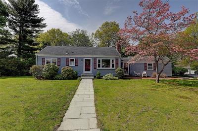 Barrington Single Family Home For Sale: 5 New Hampshire Avenue