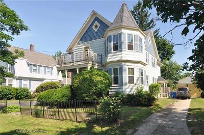 Multi Family Home For Sale: 61 Blackamore Avenue