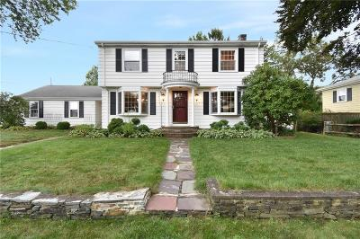 East Providence Single Family Home For Sale: 31 Beech Tree Road